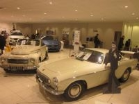 Classic Volvos at Lincoln Volvo dealership